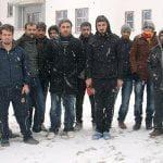 TOKİ işçileri kış günü ortada kaldı