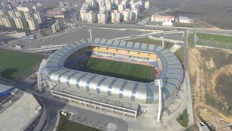 Başakşehir Fatih Terim Stadı İzle